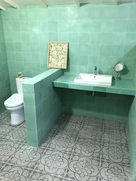 セメントタイル- バリ島浴室